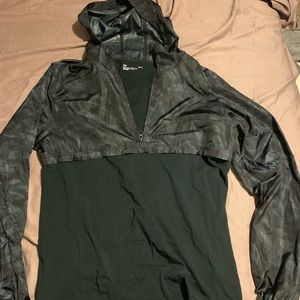 Under Armour windbreaker/T-shirt combo with hoodie